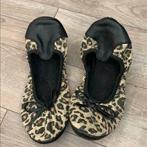 Shoes - Cheetah print flats